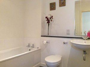 Garden Cottage family bathroom