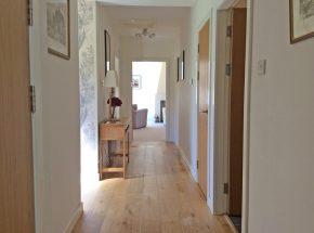 Cottage 9, hallway