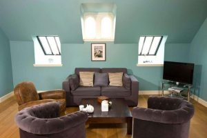 Loch View Loft is perfect for families of friends getting together