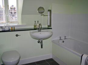 The Ross, family bathroom