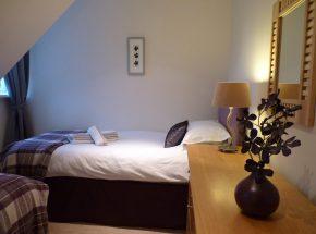 The Ross, twin bedroom