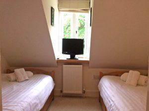 Highland Retreat, twin bedroom