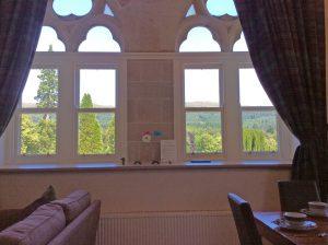 Old School 12 living room