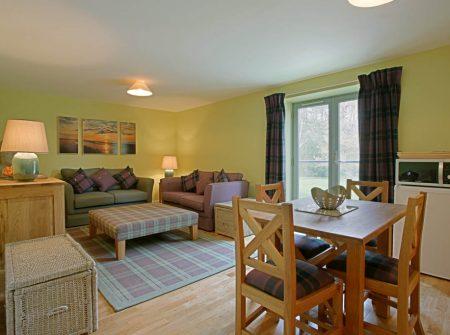 Gladsheim spacious and cosy living area