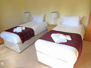 Taigh nan Caorach twin bedroom