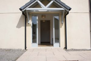 Loch Ness holiday cottage front entrance