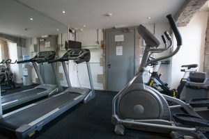 Brothers Wing 8 access to fitness suite