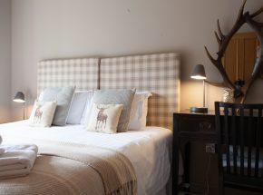 Struan, master bedroom