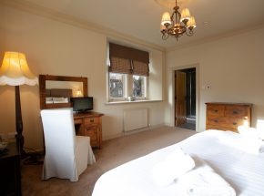 Master bedroom and en suite
