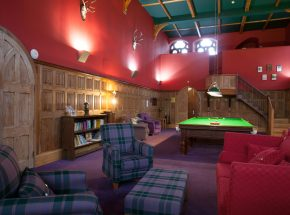 Club Lounge with snooker, books, games and free WiFi