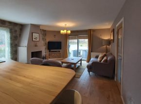 Strathglass Cottage is spacious and inviting