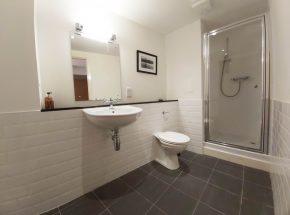En suite bathroom in Canon Point